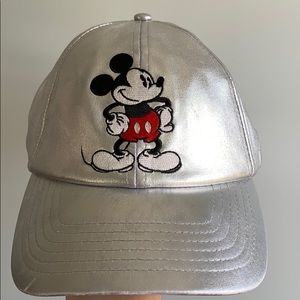 Silver Disney Mickey Hat - Baseball Cap